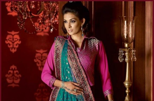 How to Select the Best Modern Saree for You ?