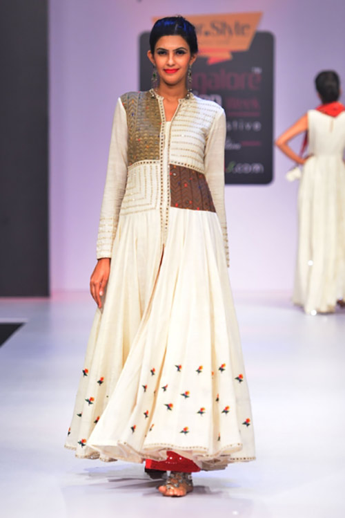 Kutch And Khadi Off-white