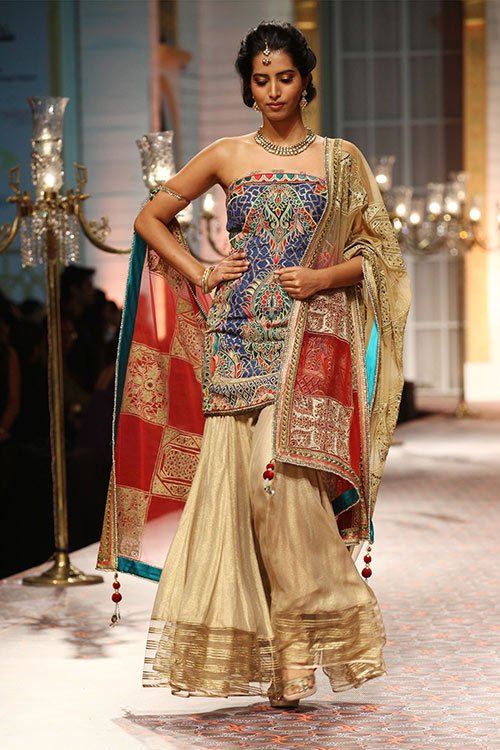 Embroidered-Sharara-With-Motifs