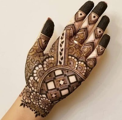 Arabic Mehndi Design for Religious Festivals