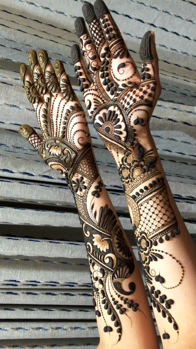 Beautiful Delicate Patterns Arabic Mehndi Design