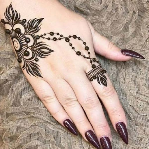 Easy Arabic Mehndi Design for Back Hand