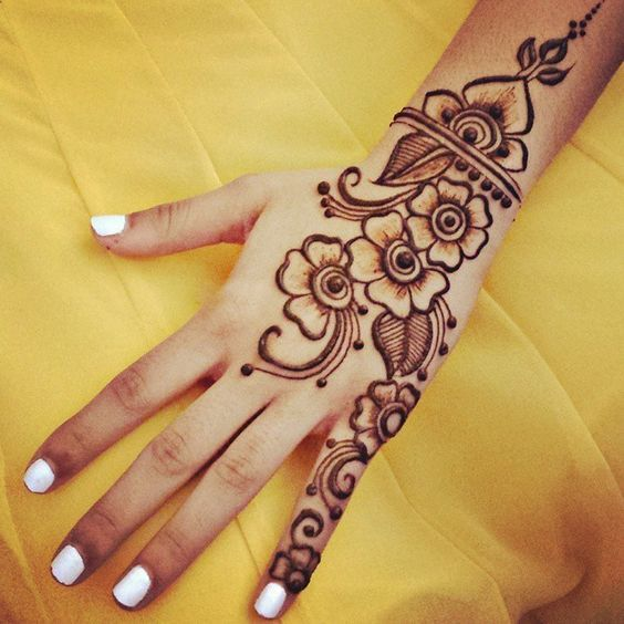 Easy Arabic Mehndi For Floral Patterns