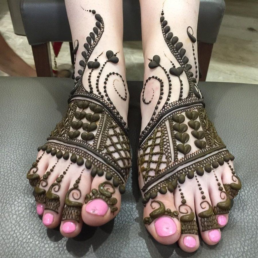 Full Feet Bridal Mehndi For Arabic Wedding