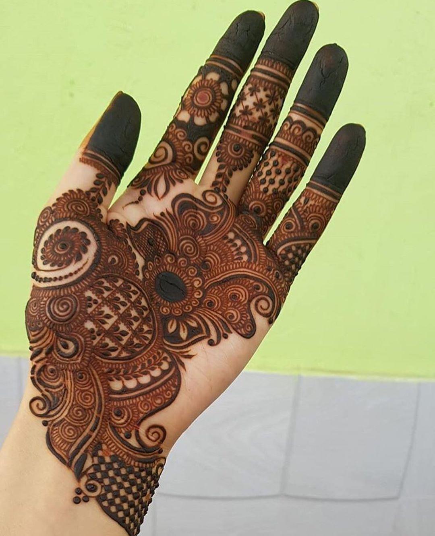 Professional Hand Mehndi Design Arabic