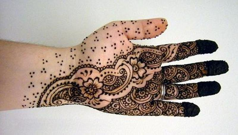 Small Stars Arabic Mehandi Design