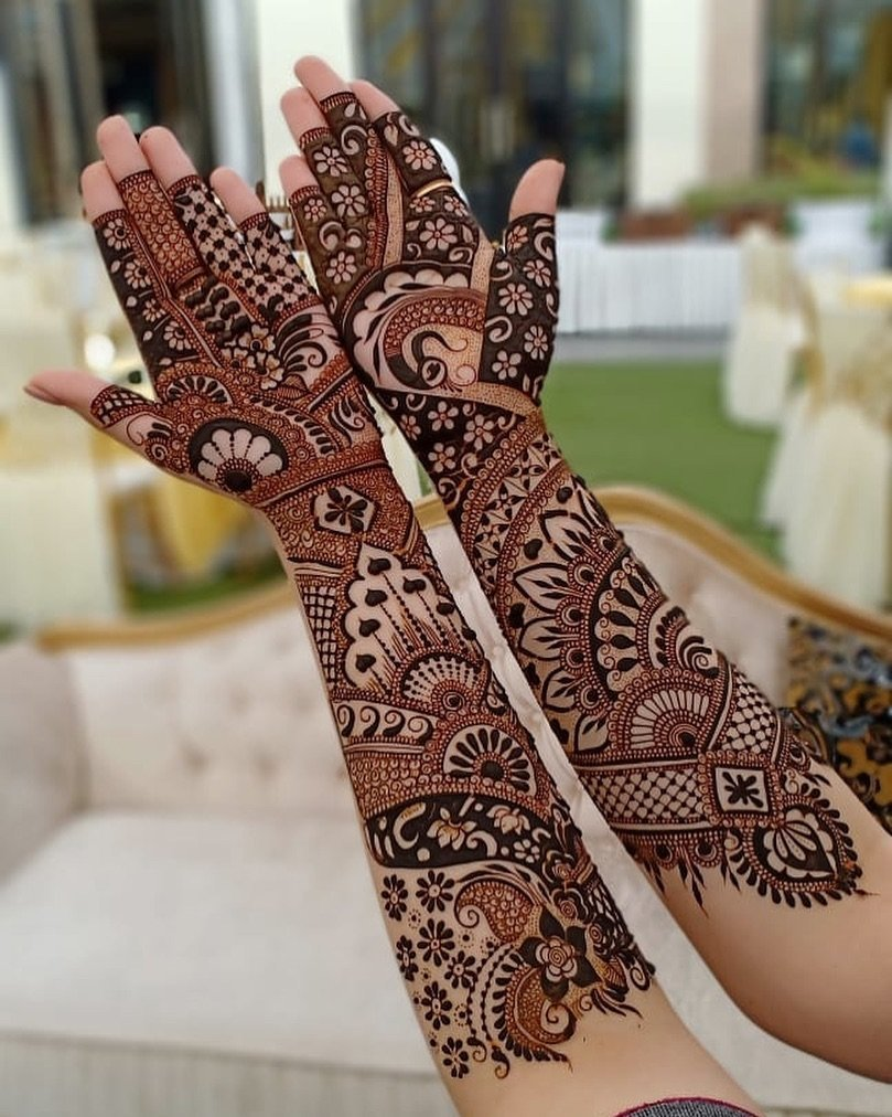 Traditional Full Hand Mehendi Design
