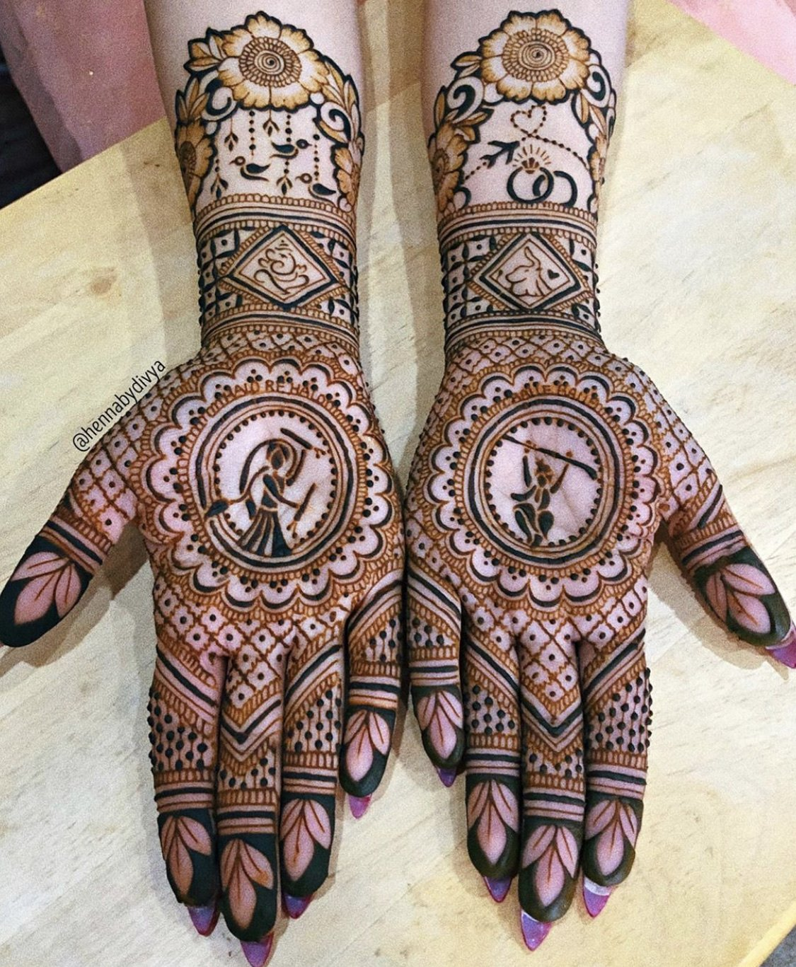 Traditional Mehendi Design