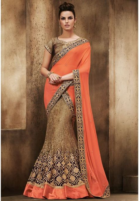 Saree For Hourglass Shaped Body